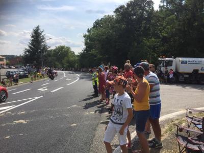 Balayage du Tour de France entre Toulouse à Lavelanet par votre équipe de balayeurs
